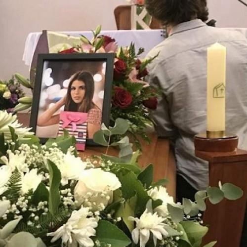 Suicidio de la menor Katy Winter habría sido inducido por bullying machista