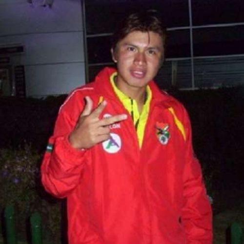 Defensor boliviano se transformó en el primer futbolista en actividad que fallece por coronavirus